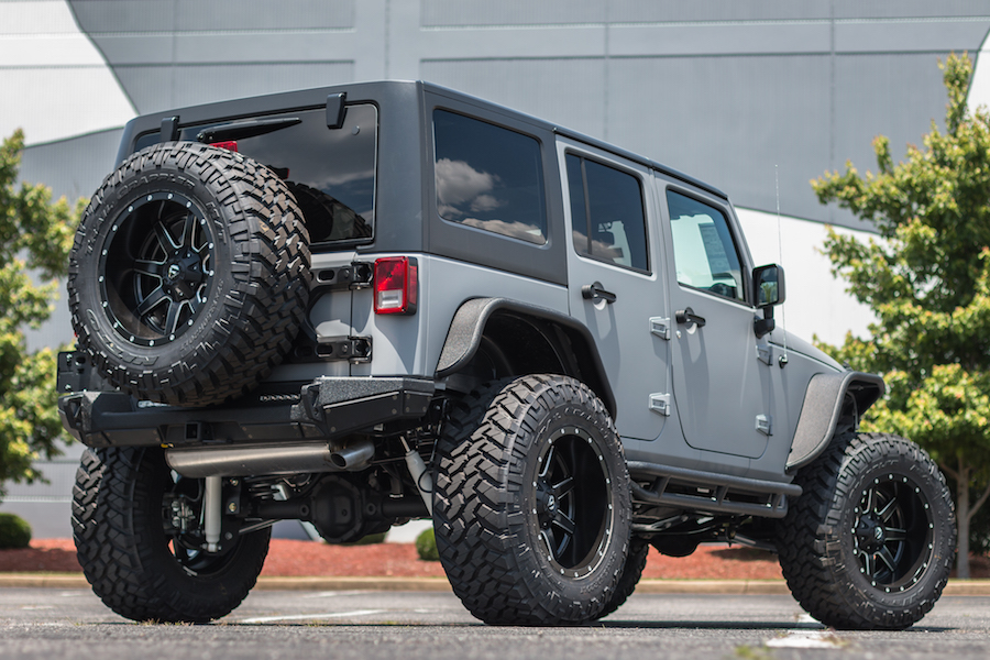 Palmer Custom Jeeps by SORS - Lifted Jeep Wrangler wtih Side Steps