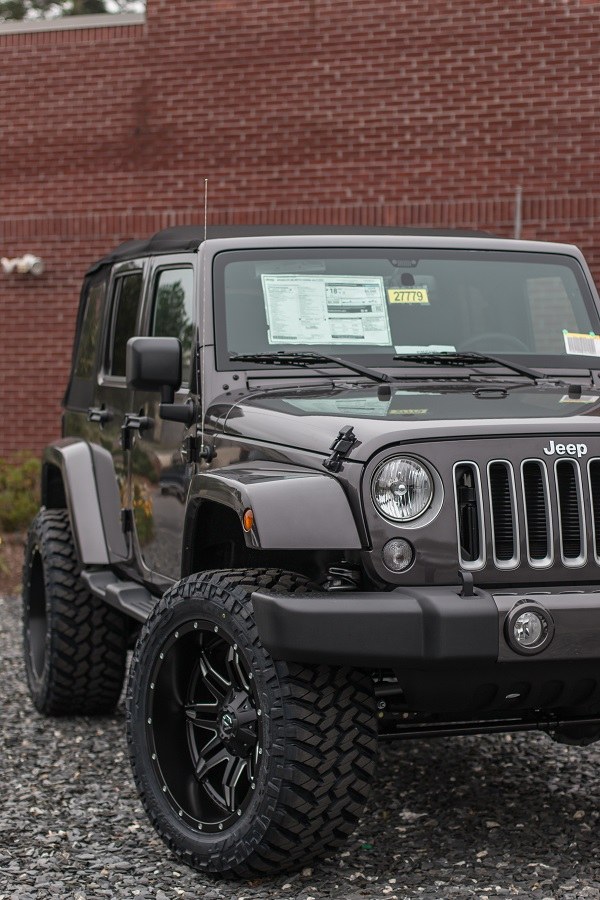 Custom Lifted Jeep - 35-inch Nitto Trail Grappler Tires