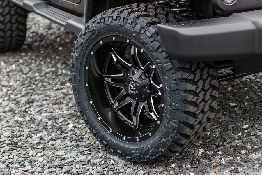 Custom Lifted Wrangler - 35-inch Nitto Trail Grappler Tires